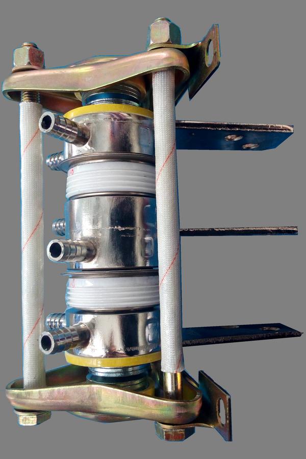 Охладитель тиристоров медный водный